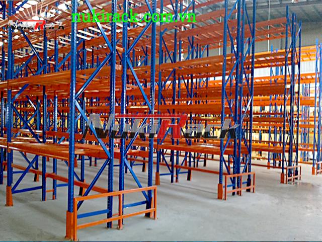Triển khai thành công kệ chứa hàng Selective cho nhà máy Piaggio Việt Nam