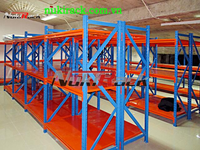 Triển khai thành công loại kệ Medium Rack cho hệ thống kệ kho tập đoàn Vingroup